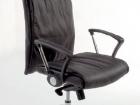 sedia per ufficio in pelle nera