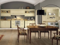 cucina classica in legno bianco antiquariato (Loggia)