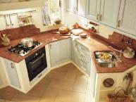cucina classica in legno e muratura