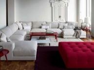 divano angolare con penisola e puff