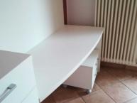 03-scrivania