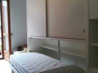 letto singolo a scomparsa orizzontale con armadio