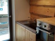 cucina a scomparsa lavello visibile