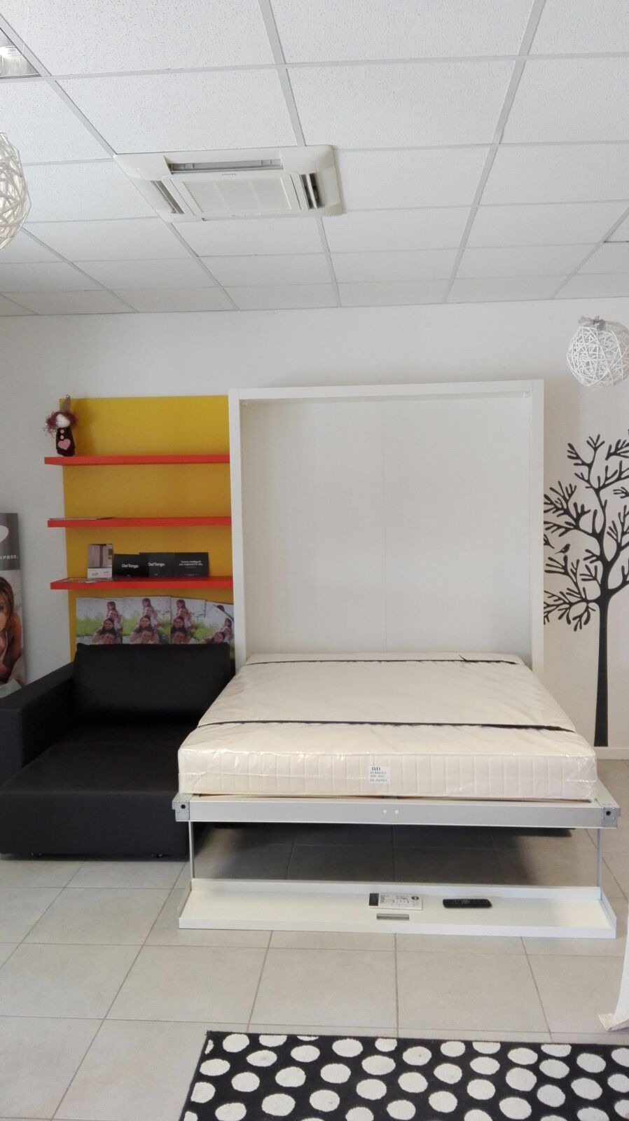 Showroom: Letto matrimoniale a scomparsa Swing CLEI